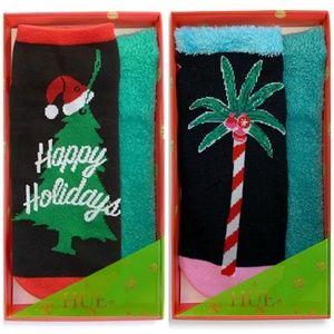HUE 4 Pair Holiday Footsie Socks Gift Boxed P1285
